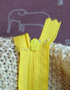 Zippers inKnits - Knitting Tutorials: Finishing Techniques - Knitting Crochet Sewing Embroidery Crafts Patterns and Ideas!
