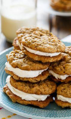 Soft Oatmeal Cookies, Oatmeal Cream Pies, Oatmeal Cookie Recipes, Oatmeal Cake, Crazy Cookies, Fancy Cookies, Marshmallow Cookies, Amish Recipes, Sandwich Cookies