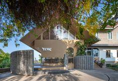 Thailand Restaurant, Thai Restaurant, Brick Material, Coffee Restaurants, Brick Design, Ground Floor Plan, Reception Areas, Stairways, Facade