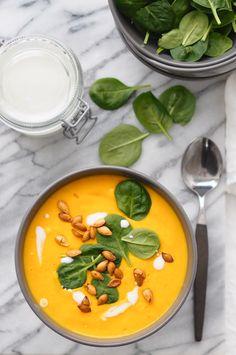 KURPITSAKEITTO – ENERGIAA JA ELINVOIMAA Vegetarian Recipes, Healthy Recipes, Healthy Food, Pumpkin Soup, Winter Food, Thai Red Curry, Health Tips, Dairy Free, Ethnic Recipes