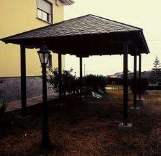 Cenador madera relax jardín Gazebo, Relax, Outdoor Structures, Wood, Lugares, Deck Gazebo, Keep Calm, Cabana, Arbors