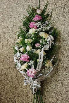 Floral Wreath, Wreaths, Milan, Flowers, Diy, Decor, Floral Crown, Decoration, Door Wreaths