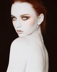Bronze Eyes for white skin - spéciale dédicace à S.Piscart a qui ce look irait à merveille