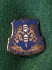US ARMY 108th INFANTRY REGIMENT crest DUI badge Clutchback D-22 Type 2