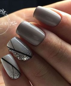 Community-Wandfotos – Nageldesign – Nail Art – Nagellack – Nail Polish – Nailart – Nails, You can collect images you discovered organize them, add your own ideas to your collections and share with other people. Grey Nail Designs, Pedicure Designs, Bridal Nail Art, Wedding Nail, Geometric Nail Art, Nagellack Trends, Gray Nails, Gray Nail Art, Grey Art