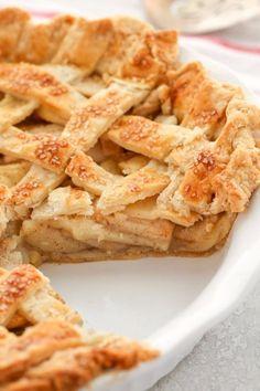 Fruit Pie, Pan Dulce, Something Sweet, Apple Pie, Austria, Bakery, Food And Drink, Nutrition, Snacks