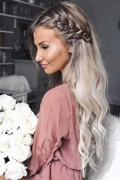 Awesome 45 Charming Romantic Hairstyles Ideas For Valentines Day. More at luvlyf… Awesome 45 Charming Romantic Hairstyles Ideas For Valentines Romantic Hairstyles, Easy Hairstyles For Long Hair, Pretty Hairstyles, Hairstyle Ideas, Curly Braided Hairstyles, Hair Down Hairstyles, Black Hairstyles, Female Hairstyles, Coiffure Facile