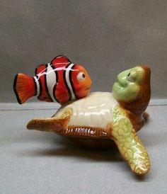 DISNEY NEMO & SEA TURTLE CRUSH SALT & PEPPER SHAKERS WG