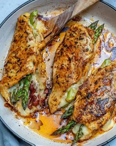 This asparagus stuffed chicken breast recipe is tender, juicy, and easy to make. Seasoned with garlic powder, paprika, and Italian seasoning mix asparagus recipe Asparagus Stuffed Chicken Breast Chicken Breast And Asparagus Recipe, Asparagus Stuffed Chicken, Stuffed Chicken Breasts, Stuffed Chicken Recipes, Italian Stuffed Chicken, Healthy Stuffed Chicken Breast, Recipes With Chicken Breast Tenders, Recipe Chicken, Meals With Asparagus