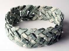 Tine De Ruysser, banknote jewelry, recycled banknotes, recycled money, recycled jewelry, upcycled jewelry, eco-friendly jewelry, paper jewelry, eco-fashion, sustainable fashion, green fashion, sustainable style