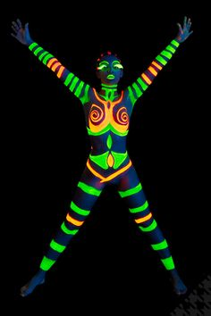 Neon bodypainting under black light