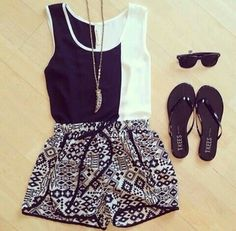 Image via We Heart It #clothes #cute #fashion #outfits #shorts #style #summer #sunglasses