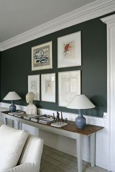Our dining room is going to have white wainscoting and trim, white ceiling, and dark green walls, similar to this pic. Dark Green Living Room, Green Dining Room, Dark Green Walls, Dark Walls, Green Rooms, Dining Room Walls, White Rooms, Gray Green, Faux Wainscoting