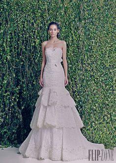 Zuhair Murad Fall-winter 2014-2015 - Bridal - http://www.flip-zone.com/fashion/bridal/the-bride/zuhair-murad-4387