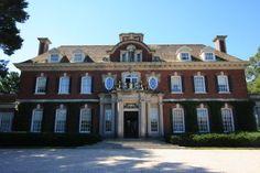 'Westbury House', the John S. Phipps estate designed by George Crawley c. 1905.