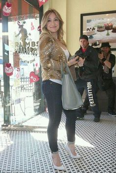 83443c1622463 Hilary Duff media gallery on Coolspotters. See photos