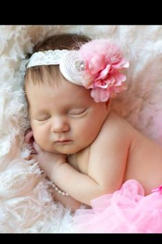 Poppie Lee's newborns #newborn #photography