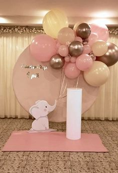 Gender Reveal Party Decorations, Baby Gender Reveal Party, Balloon Decorations Party, Baby Shower Centerpieces, Birthday Decorations, Cute Baby Shower Ideas, Baby Shower Gifts, Burgundy Baby Shower, Deco Ballon