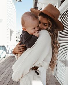 Cute Family, Baby Family, Family Goals, Mom And Baby, Baby Kids, Baby Boy, Mom With Son, Cute Baby Pictures, Baby Photos
