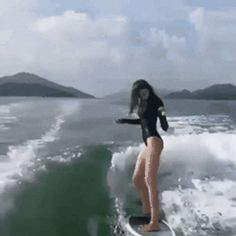 Animated GIF - Animated GIF - Dance and ride the surfboard Surfboard Skateboard, Interesting Gif, Gif Dance, Skate Surf, Windsurfing, Hobby Farms, Pretty Cool, Funny Animals, Funny Pictures