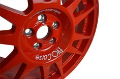 The hub particular of SanremoCorse Wheel! For the road use the steel inserts may be absent to allow a more flexible use of the standard nuts or bolts, without changing the assembly characteristics. - More info in our website! #evocorse #evocorsewheels #wheels #color #red #madeinitaly #italy #steel #hub #sanremo #rally #thebest