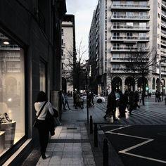 -- PRETTY WOMAN WALKING DOWN THE STREET -- Buenos días! Ya es viernes yuhuuuuu!  [#albertosierra_mobilephotography]