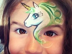 maquillage d'animaux - la licorne -
