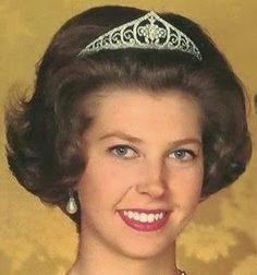 Tiara Mania: Diamond Tiara worn by Princess Desiree of Sweden