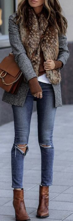 Cool look - faux fur street style | Stylish outfit ideas for women who follow fashion.