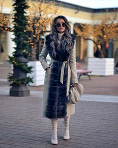 Unordinary Winter Outfits Ideas You Will Love - Let us not forget the lovable, protective, bold and devoted Dachshund in the variety of small dog clothing. Yes, this breed of tenacious yet playful, . Stylish Winter Coats, Winter Coat Outfits, Stylish Winter Outfits, Winter Outfits Women, Winter Coats Women, Coats For Women, Winter Clothes, Mode Chic, Next Clothes