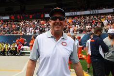 1st photo of new #Bears head coach John Fox at Soldier Field. #BearsFamFest