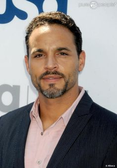 daniel sunjata mother