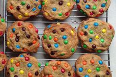 M, chocolate chip monster cookies - CSMonitor.com