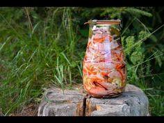 Pavlova, Voss Bottle, New Recipes, Food To Make, Glass Vase, Homemade, Make It Yourself, Martini, Youtube
