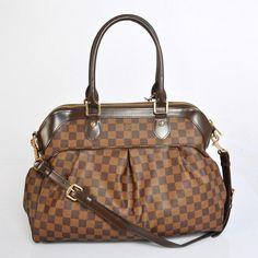 LV, i dont think i could ever buy u. Louis Vuitton Handbags, Louis Vuitton Speedy Bag, Purses And Handbags, Louis Vuitton Damier, Designer Totes, Branded Bags, Womens Purses, Cheap Fashion, Clutch Purse