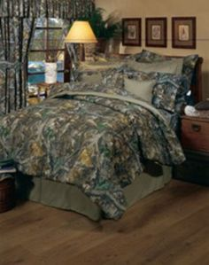 Realtree Timber Green Camo Bedding is for those who adore a realistic leaves and branches looking pattern in green camo.