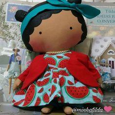 Minha Tilda ❤️  .  Encomenda (81) 98824-4076  .  #tilda #tildinha #tildatoy #bonecadepano #tildatoys #feitocomamor  #feitocomcarinho #mãedemenina #gravidez #coisasdemenina #maternidade #fofura  #chádebebê #decoração #doll #dolls #tildaworld #costurinhas #princesas #newborn #atelie #artesanato #recemnascido #futuramamae #tonefinnanger #vestidodeboneca