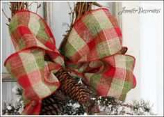 how to make a christmas bow decor craft, christmas decorations, how to, seasonal holiday decor