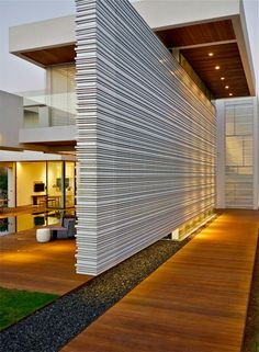 June CONTEST! COMMENT on the projects displayed on buildyful.com WIN 100 USD! Find out more on buildyful.com #architecturestudents~~Modern Luxury Villas Designed By Gal Marom Architects