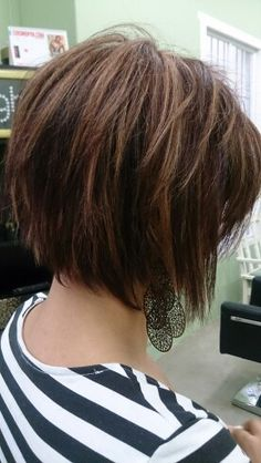 Hair @ French Twist - Hair @ French Twist You are in the right place about purple hair Here we offer you the most beauti - Bob Hairstyles For Fine Hair, Haircut For Thick Hair, Girl Hairstyles, Easy Hairstyles, Female Hairstyles, Hair Styles 2016, Medium Hair Styles, Short Hair Styles, Updo Styles