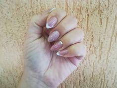 White french nails design