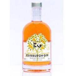 Edinburgh-Gin-Spiced-Orange Scottish Gin, Gin Brands, Gin Cocktail Recipes, Gin Bar, Alcohol Gifts, Gin Bottles, Bottle Packaging, Gin And Tonic, Bottle Design