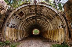 Soviet-nuclear-bunker.jpg (615×408)