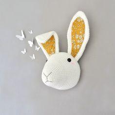 Trophée lapin Liberty Blanc/moutarde