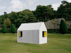 Divertirsi a creare un vero e proprio rifugio realizzato in sola carta!