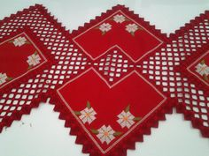 Hardanger Embroidery Ideas Hardanger e ponto reto Hardanger Embroidery, Hand Embroidery, Embroidery Ideas, Embroidery For Beginners, Bargello, Needful Things, Flower Crafts, Needlework, Bohemian Rug