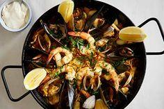 Fideua (braised seafood pasta) with alioli Recipe - Spanish | Good Food