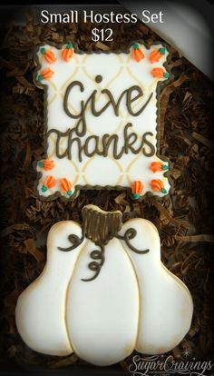 Thanksgiving Cookies, Thanksgiving Holiday, Crazy Cookies, Fall Sewing, Sugar Cravings, Decorated Cookies, Fall Halloween, Cookie Decorating, Baking