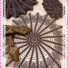 Crochet lace is a very stylish and remarkable with American service samples . Crochet Mandala, Crochet Lace, Farm Crafts, Diy Crafts, Free To Use Images, Hale, Animal Print Rug, Home Accessories, Crochet Patterns