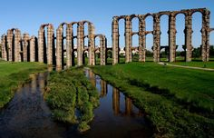 Spectacular roman aqueduct in #Mérida #Extremadura
